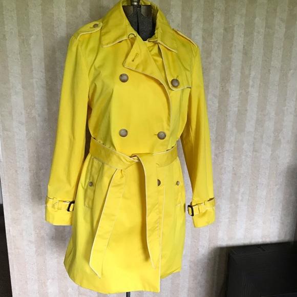 GAP Jackets & Blazers - GAP Trench Coat